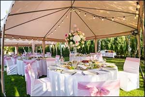 Indoor and Outdoor Wedding Plans in Swansea, MA
